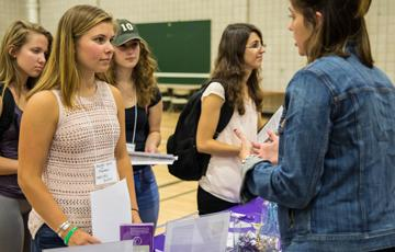 Community Engagement Expo links students to service opportunities